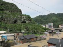 設有公共洗手間和停車場 Public washrooms and parking